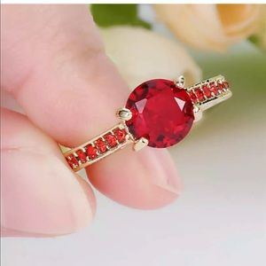 New red ruby 18 K yellow gold filled ring